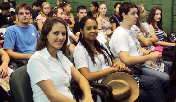 Jovens acompanharam o lançamento do Geração Cooperação