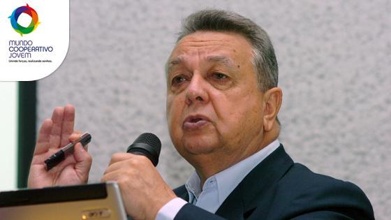 Roberto Rodrigues no Mundo Cooperativo Jovem